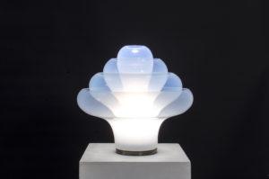 NASON CARLO, Lampada da tavolo in vetro di Murano. Prod. Mazzega '60 cm 45x43