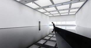 """Space Shifters"" alla Hayward Gallery di Londra"