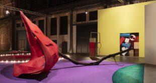 Un nuovo corso alle OGR di Torino con la mostra curata dall'artista Jessica Stockolder
